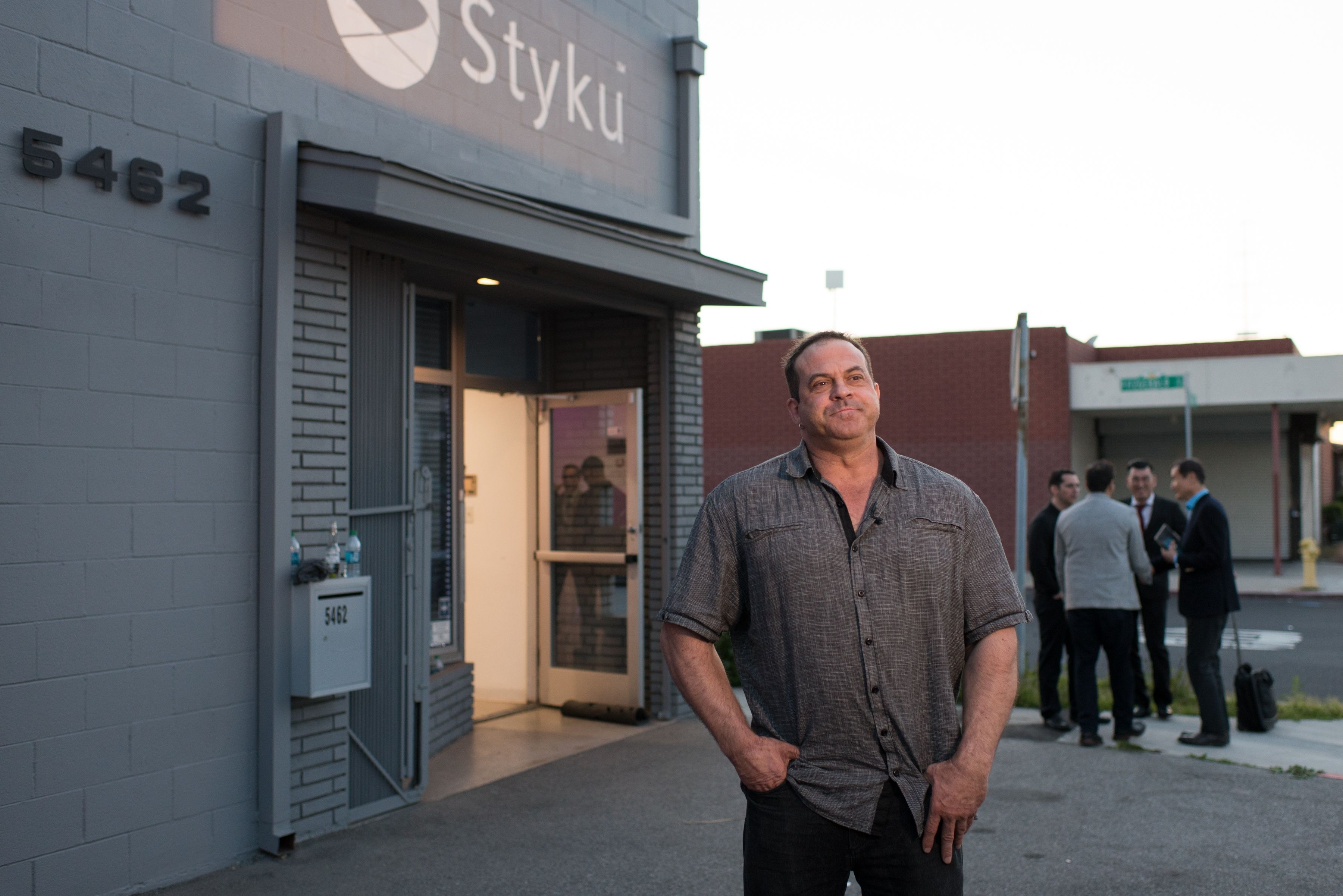 Grant Roberts with Styku sign.jpg